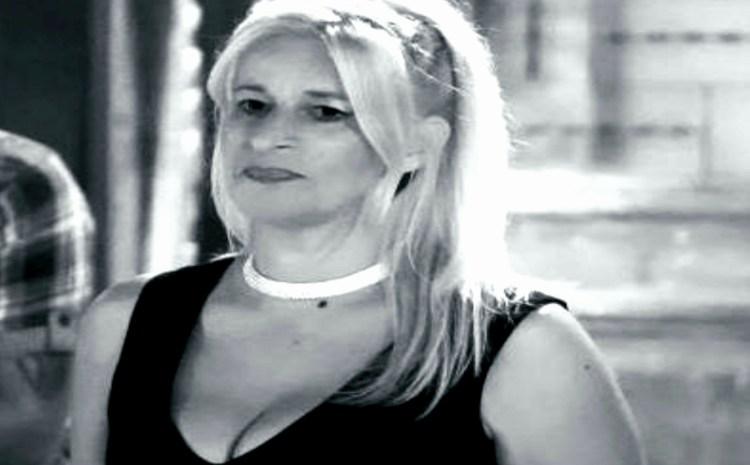 """Νικολέττα Πολύζου: H μουσικός παραγωγός που """"μαγεύει"""" με τη φωνή της"""