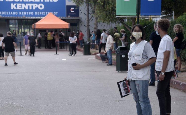 Σκληραίνει τη γραμμή η κυβέρνηση για τους ανεμβολίαστους – Οι επόμενες κινήσεις και τα εσωτερικά φάουλ