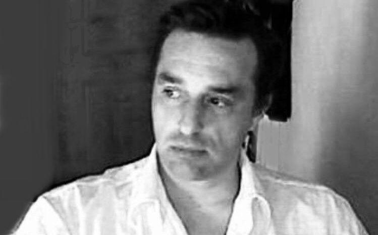 Ο σπουδαίος στιχουργός Νικόλας Καραγιάννης αποτελεί ιδιαίτερη περίπτωση