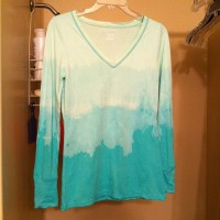 Christmas Tutorial Surprise – Ombre Bleach Tee