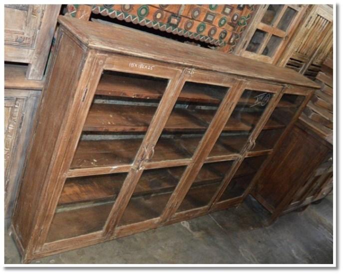 Four Door Display Case (065) Image