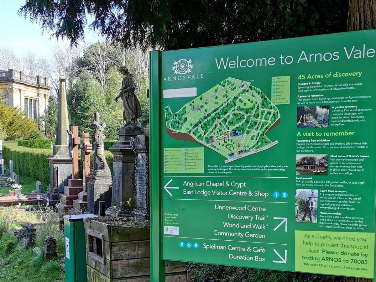 Dog-friendly Bristol - Arnos Vale Cemetery