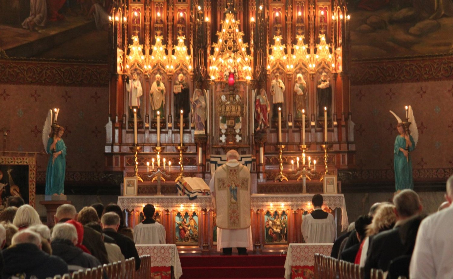 Ten Reasons To Attend The Traditional Latin Mass