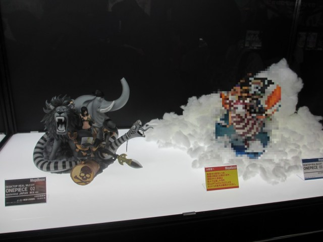 【画像レポ:メガホビEXPO 2012 SPRING】DESKTOP REAL McCOY ONEPIECE 02 Mastermind JAPAN 別注Ver./新作 デスクトップ リアルマッコイ 03