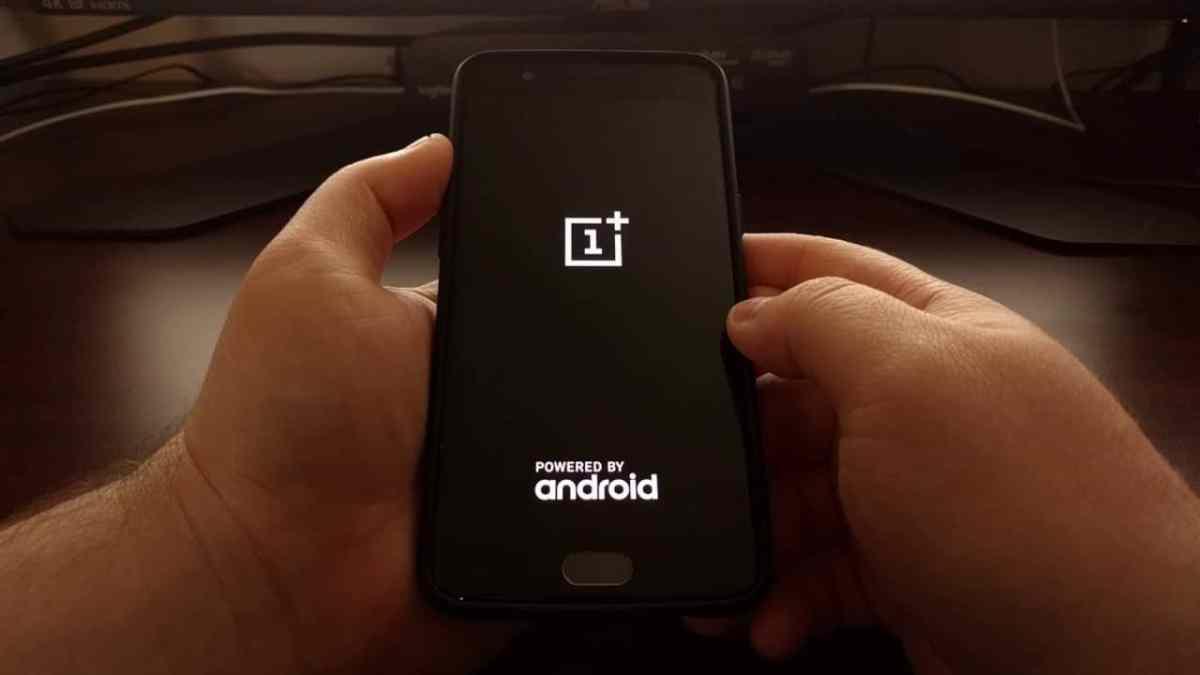 Rebooting Screen on OnePlus phone