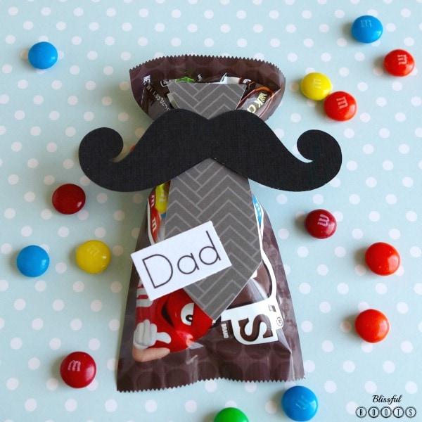 Mustache & Tie Treat