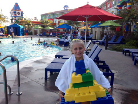 Best southern california hotel pools she kim for Hotels near legoland with swimming pool