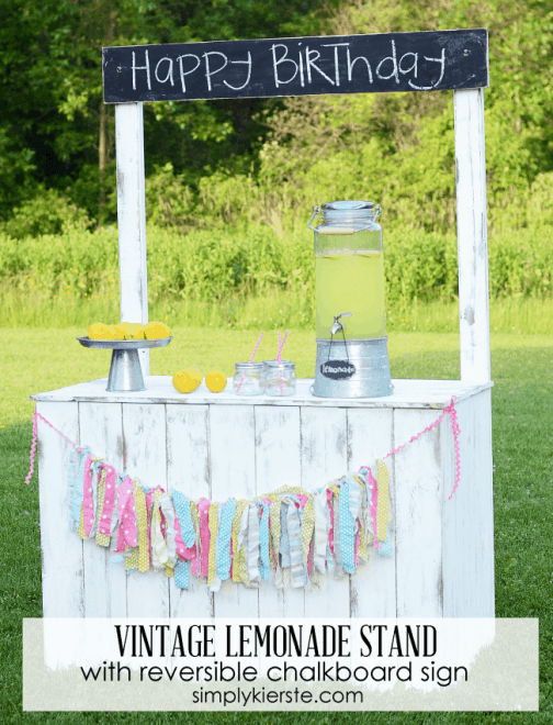 lemonade-stand-with-reversible-chalkboard-sign-650x851