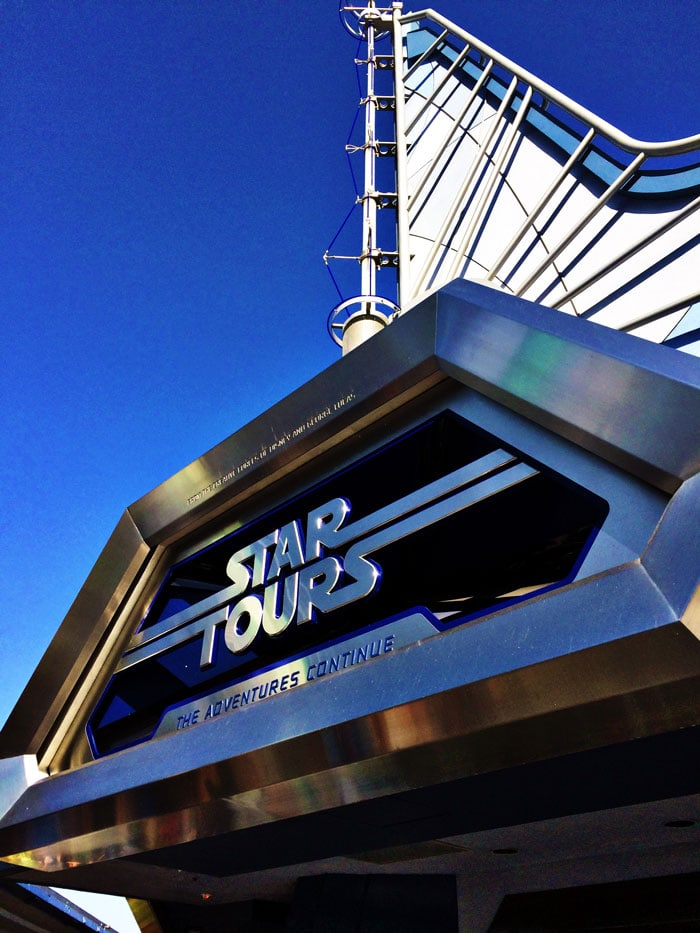 Fastpass-Strategies-StarTours-Building