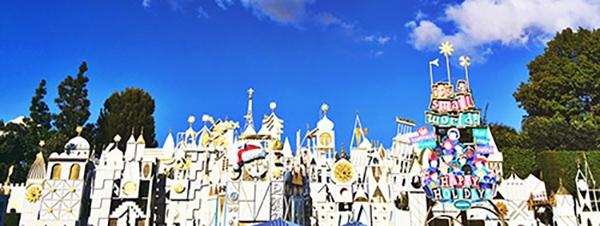 small-world-holiday-disneyland