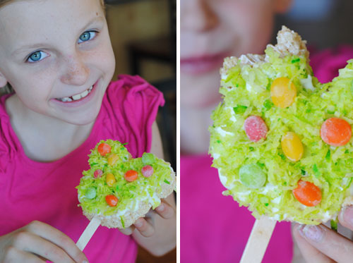 Mickey Treats – Perfect for Spring Holidays! (she: Adelle)