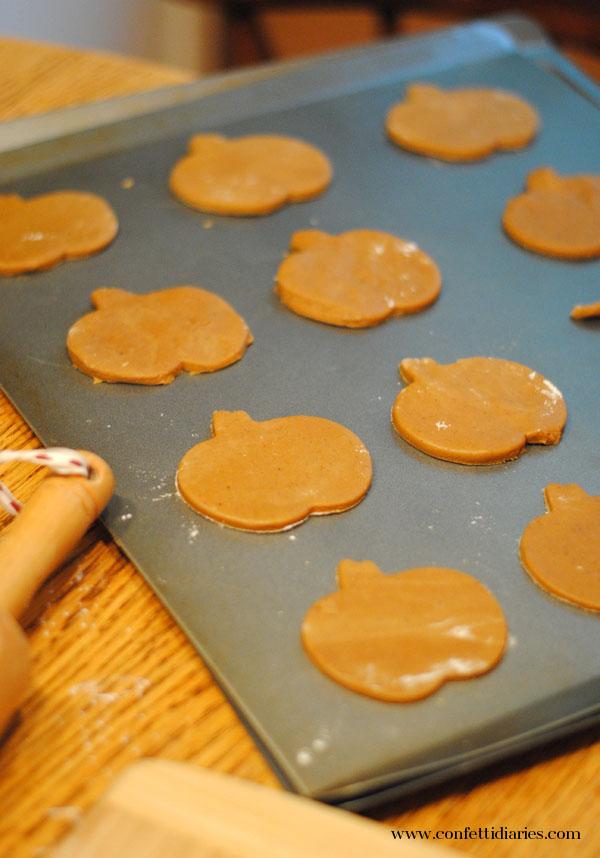 cutpumpkincookies