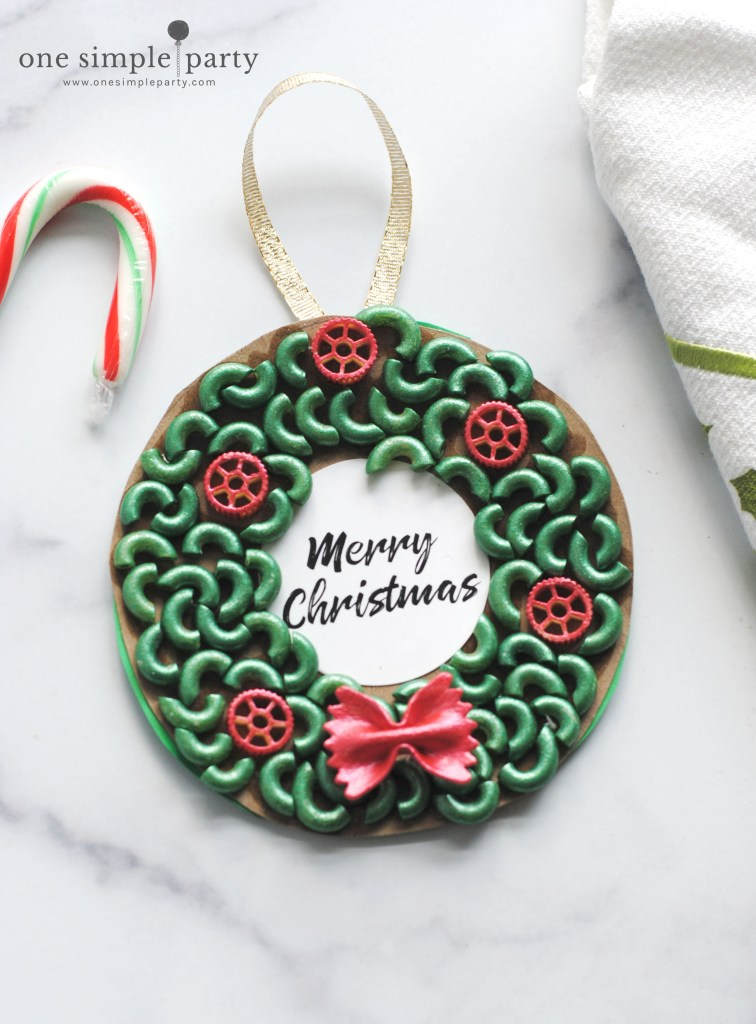 Christmas-wreath-pasta-ornament
