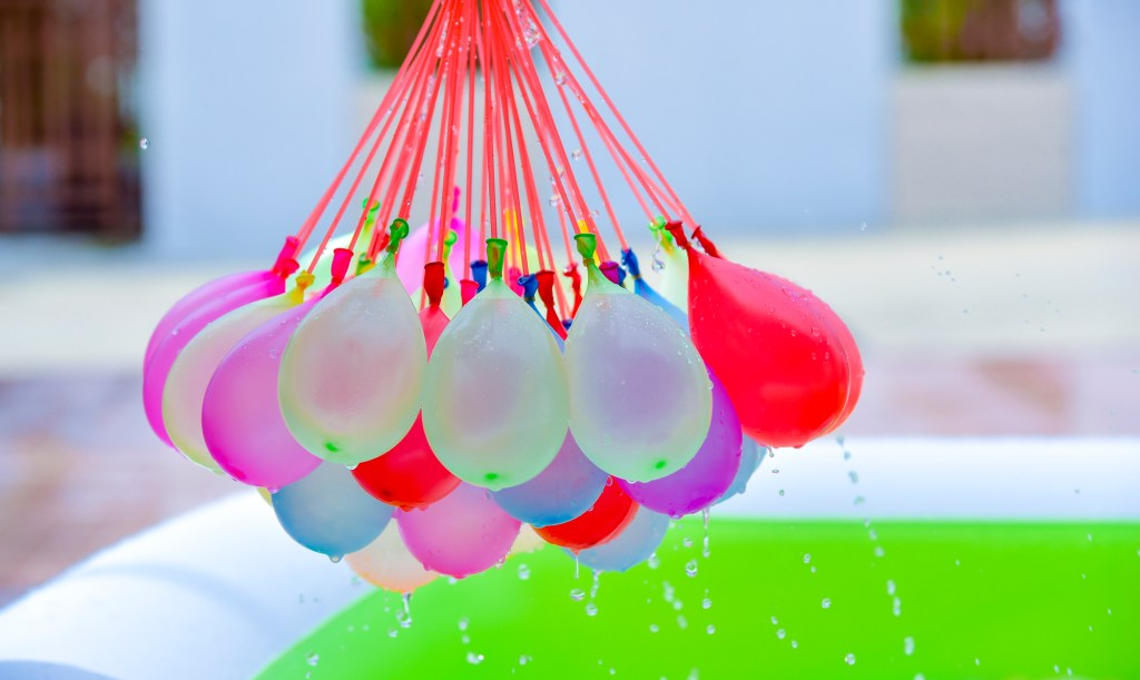 water-balloons-bunch