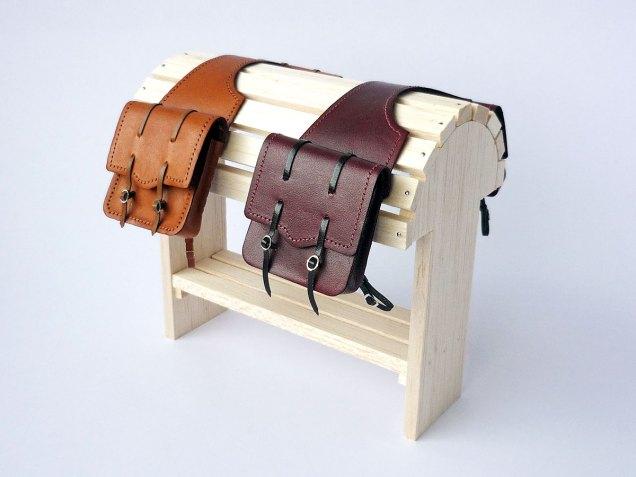 Mahogany and tan saddlebags