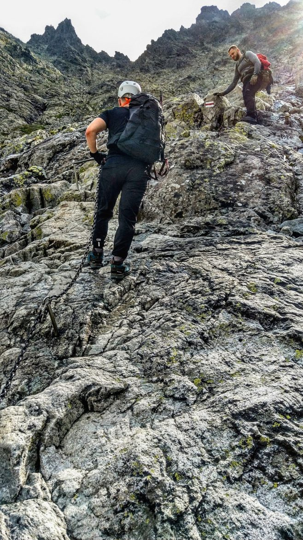 Pierwsze łańcuchy na szlaku na Rysy