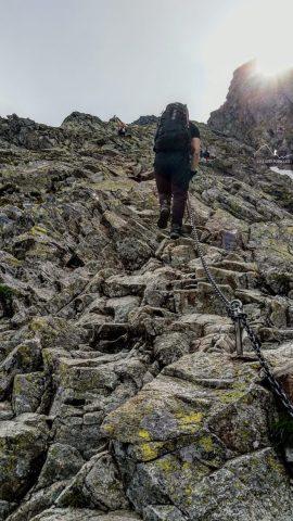 """Wspinaczka tzw. """"grzędą"""" - szlak na Rysy z Palenicy Białczańskiej"""