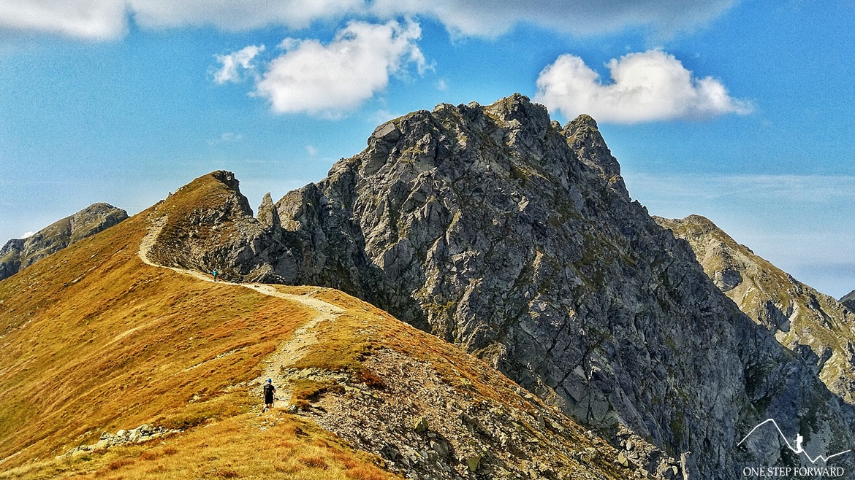 Potężna ściana Banówki (Banikov) w Tatrach Zachodnich