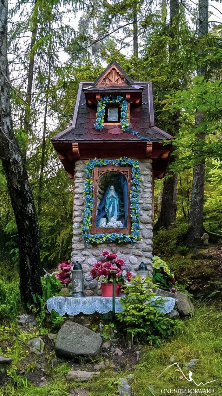 Na Turbacz - kaplica Matki Boskiej na zielonym szlaku