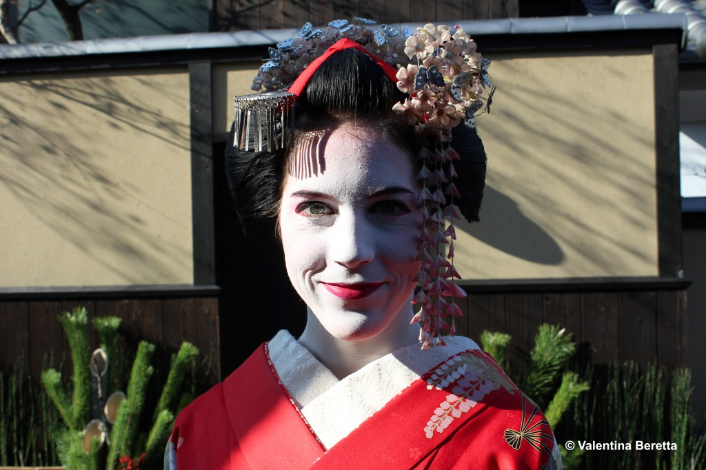 to become a geisha: the make up