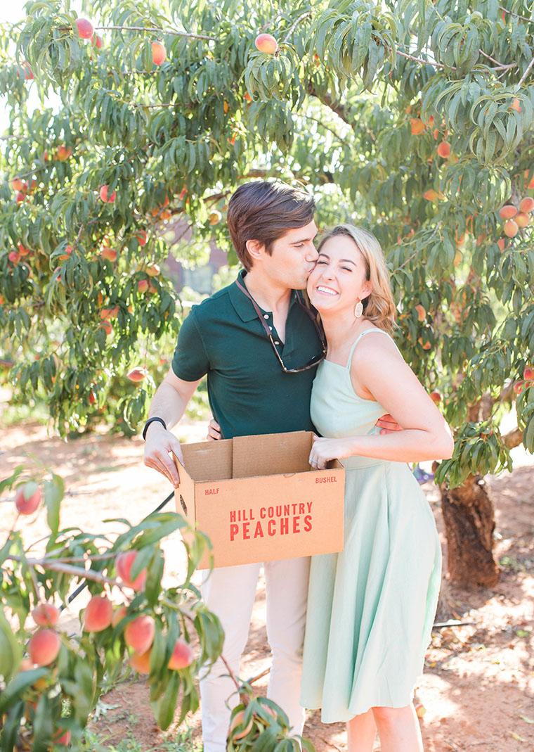 Peach Picking In Fredericksburg 14