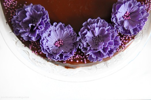 fondant flowers on Baumkuchen