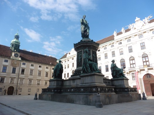 3 days in Vienna - view inside courtyard of imperial palace