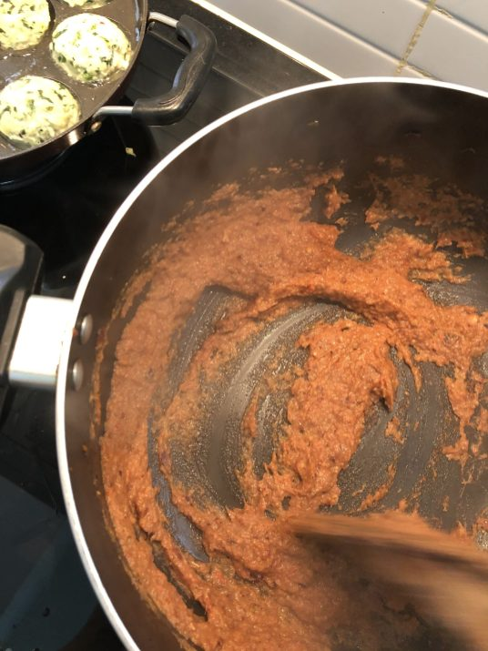 Chicken Kofta in Appe/Aebleskiver Pan - Easy & Healthy Recipe