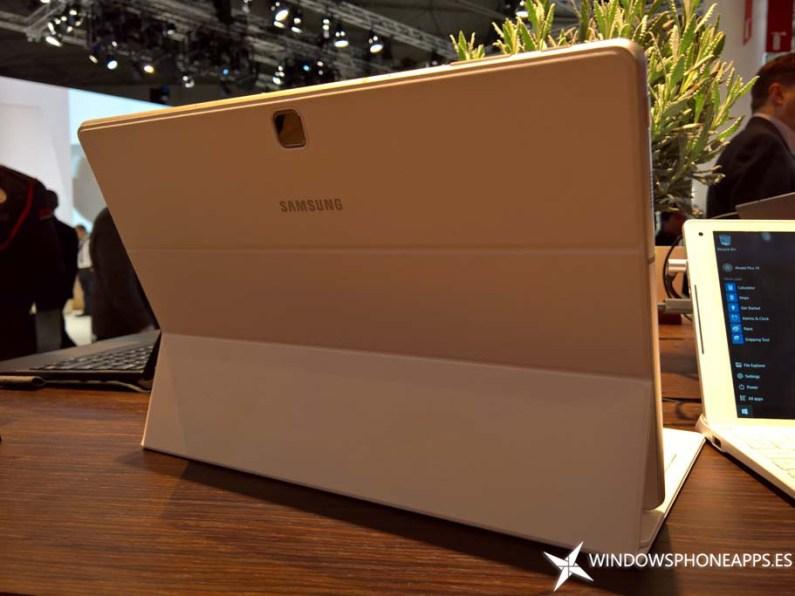 Samsung Galaxy TabPro S (14)