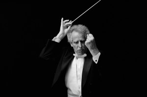 Benjamin Zander (photo by Koren Reyes. www.korenreyes.com)