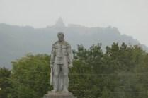 Blick auf Kloster Gandzasar. Mystische Stimmung im Nebel
