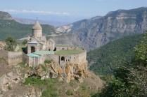 Am nächsten Tag vorbei an Kloster Tatev mit dem Rad Richtung Iran