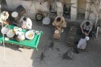Streetfood vor dem Hostel. Mahlzeit für 70 Cent.