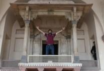 Auf dem Rednerpult im Lahore-Fort. Auf Nachfrage durfte ich da hoch.
