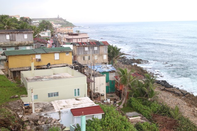 Coastal communities in Puerto Rico are at great risk from sea level rise–which causes erosion and flooding and is worsened by global warming. (Janice Cantieri/MEDILL)