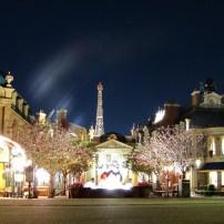 Pavillon by night