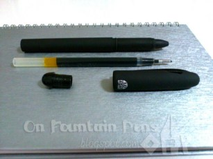 Took the pen apart, finally! It screws out from the top instead of the usual nib area, unlike many other rollerball pens