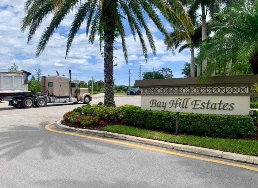 Bay Hill Estates stoplight