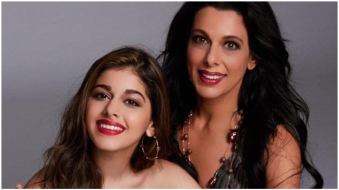 Alaya F Reveals the Golden Life Lesson From Mom Pooja Bedi: If You Get Married Before You're 30 You're Doing the Stupidest Thing
