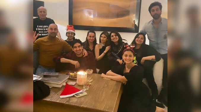 Christmas 2020: Ranbir Kapoor, Alia Bhatt Ring in the Holiday Season With a Family Get Together
