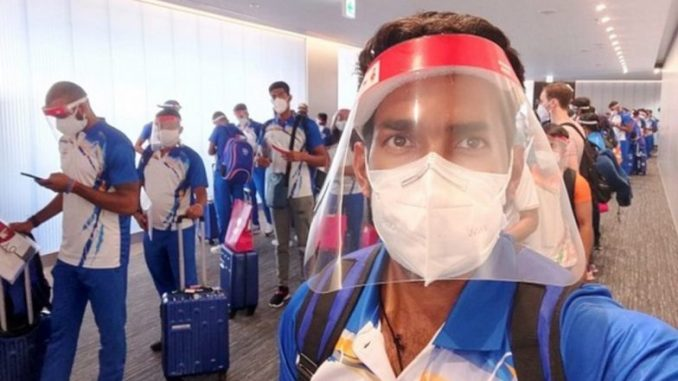 Tokyo Olympics 2020: First Batch of Indian Athletes Arrive in Tokyo 'Safely' for Upcoming Olympic Games