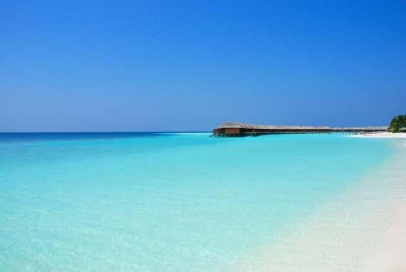Voyage aux Maldives pilotis à Veligandu