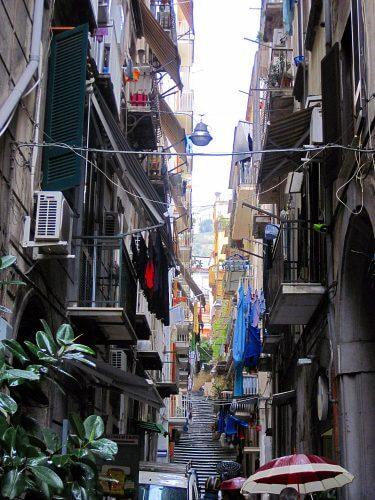 Ruelle des Quartiers Espagnols à Naples