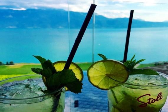 Le Deck à Chexbres un restaurant avec vue sur le Lac Léman
