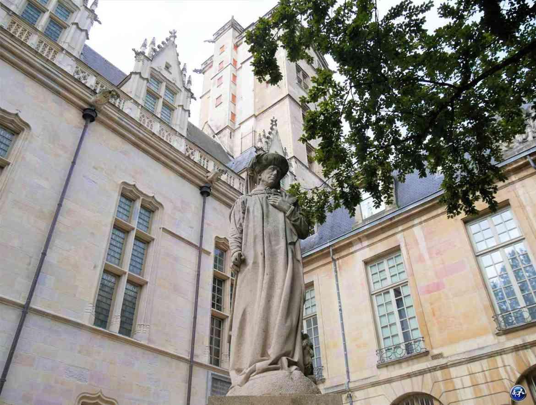 Statue Philippe Le Bon à Dijon