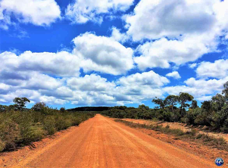 conduire en australie route rouge australienne kangaroo island sud australie blog voyage suisse cosy on holidays again