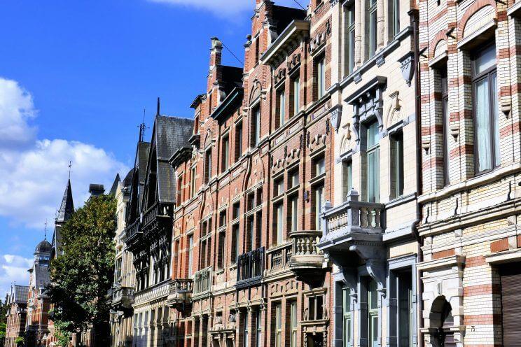 Maisons art-déco de la rue Cogels-Osylei dans le quartier de Zurenborg à Anvers