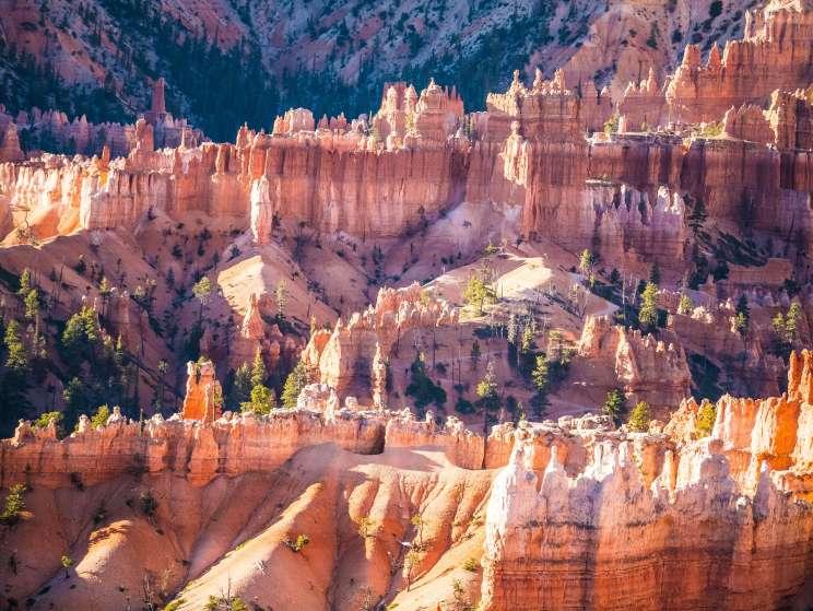 Visiter Bryce Canyon au milieu des hoodoos