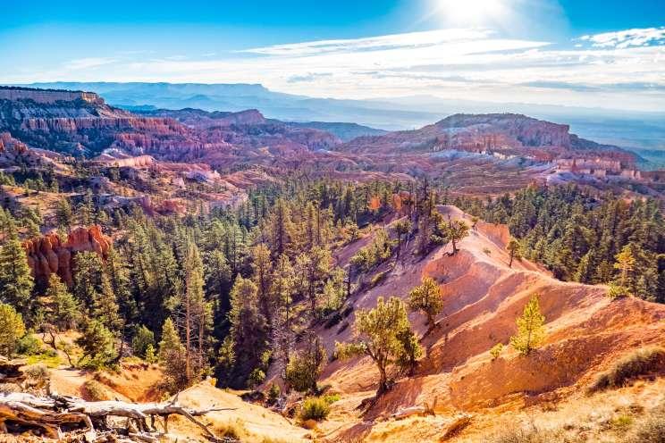 Vue sur Bryce Canyon et la région