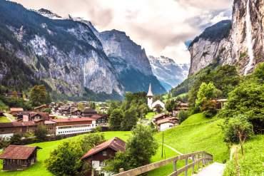 Randonnée Lauterbrunnen cascade Staubbach